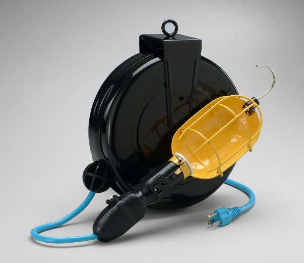 incandescent retractable cord reel work light w circuit. Black Bedroom Furniture Sets. Home Design Ideas